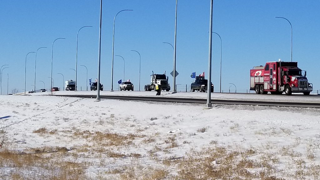 Convoy passes through Medicine Hat heading to Ottawa